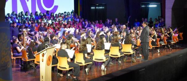 Nuestros Coros y la Orquesta Sinfónica se unieron a Un Mar de Voces