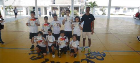 Equipo Sub 12 ganó torneo de basquetbol