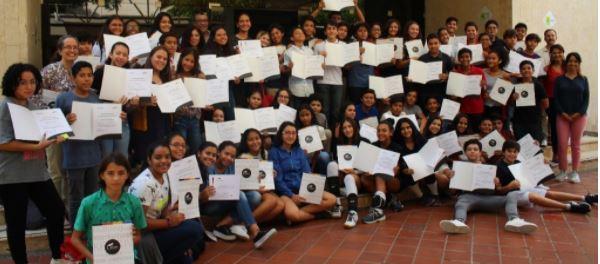 Estudiantes de la Klasse 8 recibieron los certificados A2