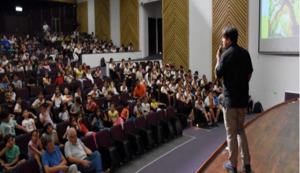 Nuestro colegio dio inicio a la Semana Humboldt