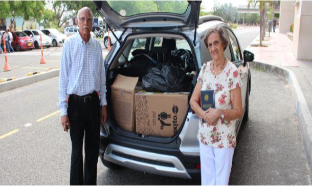 Nuestro colegio entregó donación al Club de Leones