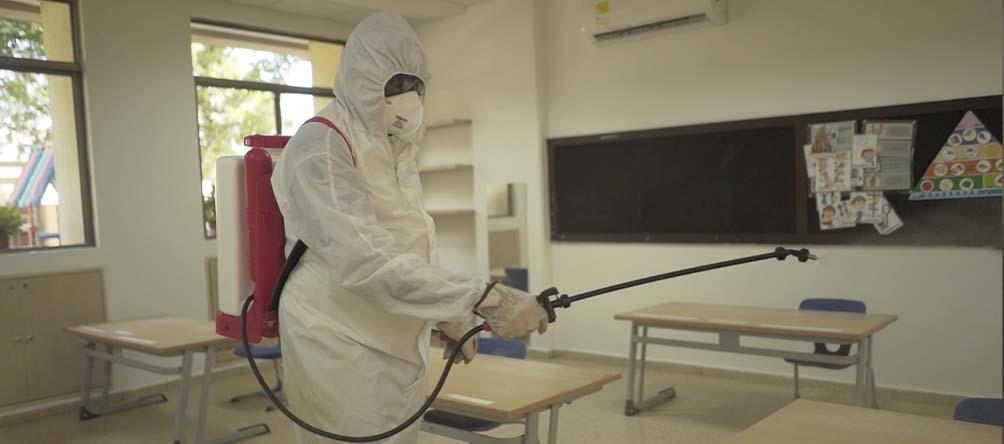 ¡Así hacemos de nuestro colegio un lugar limpio y seguro!