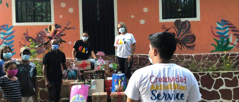 Programa CAS hizo donación de regalos