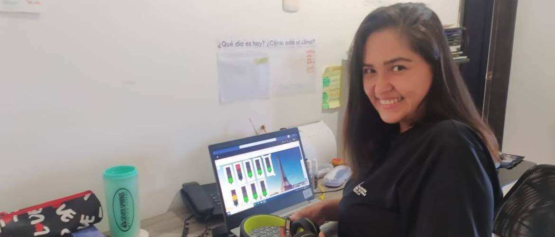"""""""He logrado fomentar la motivación en los niños del Kinderkrippe desde la conexión de expresiones gestuales, orales y corporales"""": Rossana Rojas (Docente de Kindergarten)"""
