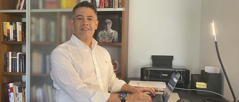 Alfredo Robles y su exitoso recorrido en la industria química y farmacéutica
